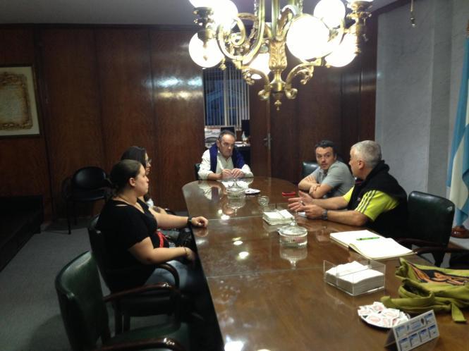 VOX se reúne con la Asociación de Empleados de Comercio