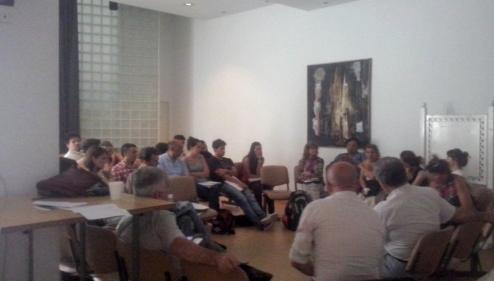 Miembros de ONG's y redes reunidos en el auditorio del CEMAR.